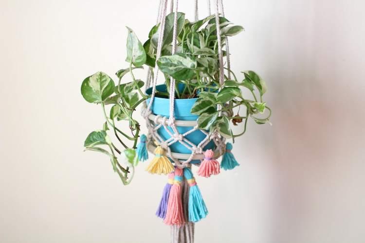 DIY tassel macrame hanger