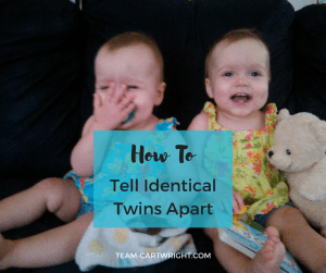 How to tell identical twins apart. #identicaltwins #twins