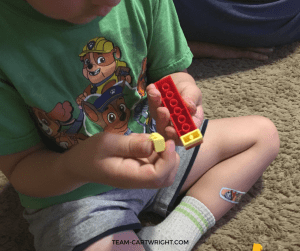 Legos are an amazing STEM toy that can last for years. Learn-To-Play…With Bricks teaches kids of all ages how to make fun shapes and animals. Learn why these are amazing books and how to win one! Learning Activity | Legos | Preschooler Learning | Learn at home #learningactivity #preschool #kids #Lego #STEM #toy #review Team-Cartwright.com