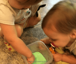 The science of slime! Is it a solid or liquid? How is it made? Learn all this and find the best slime recipes. #slime #recipes #science #stem #sensory #activities Team-Cartwright.com