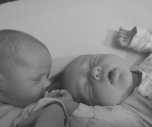 How to do a dream feed with twins. This important feeding time will maximize sleep for your twins and for you. Here is how to make it work with twins. #twins #dream #feed #breastfeeding #bottle #sleep #Babywise Team-Cartwright.com