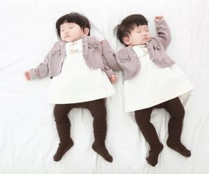 How to sleep train your twins when they share a room. #sleep #training #twins #babywise Team-Cartwright.com