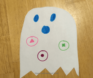 Easy and fun Halloween learning craft for toddlers and preschoolers! Make cute ghosts and practice numbers, letters, and more! Simple, fun, educational, and fast. #learning #craft #activity #Halloween #ghost #kids #numbers #letters #shapes #preschooler #toddler Team-Cartwright.com