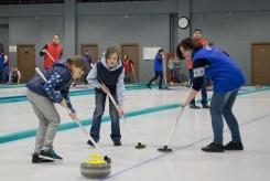 20160221-164146-curling