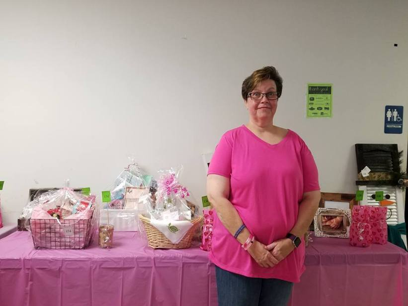 tracy-with-raffle