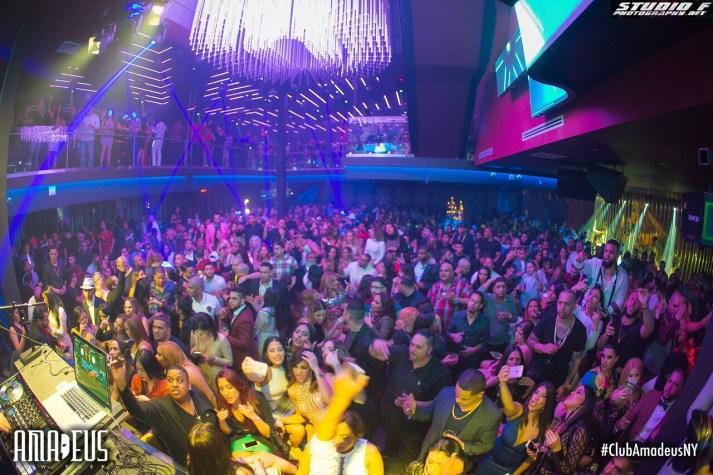 club amadeus crowd