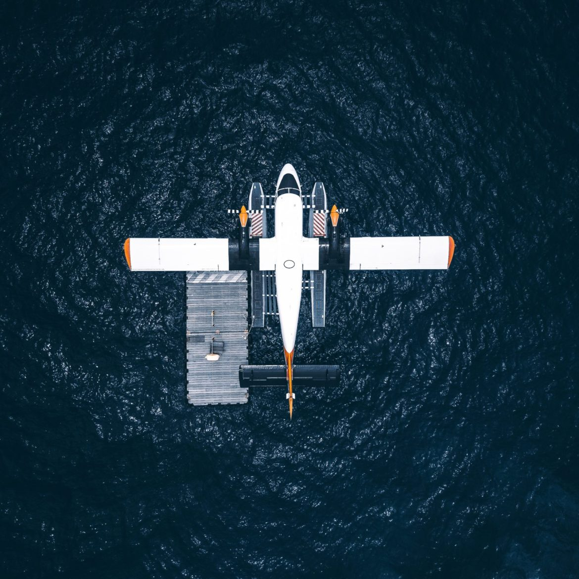 twin otter on floats