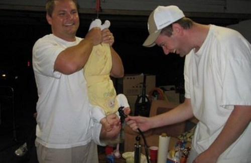 baby doing keg stand bad parents, bad family photos ellen, funny pictures, bad parents, horrible parents, stupid people stupid parents humor pic dump