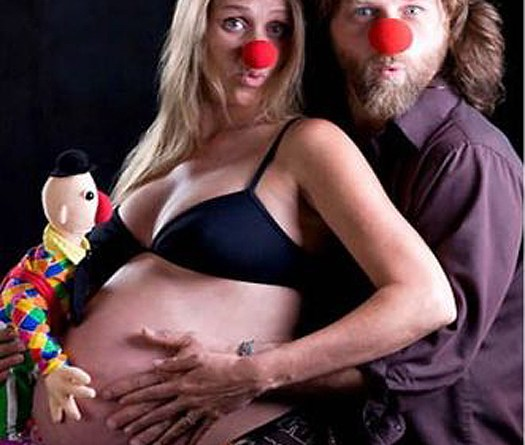 Dressed as Clowns Bad Pregnancy Pictures Worst Pregnancy Pics Funny Pregnancy Photos Maternity Pictures Ultra Sound Maternity Clothes Having a Baby Crazy Mothers Awkward Family Photos
