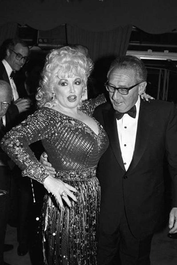 Henry Kissinger and Dolly arton, 1985 ~~ funny pics & memes