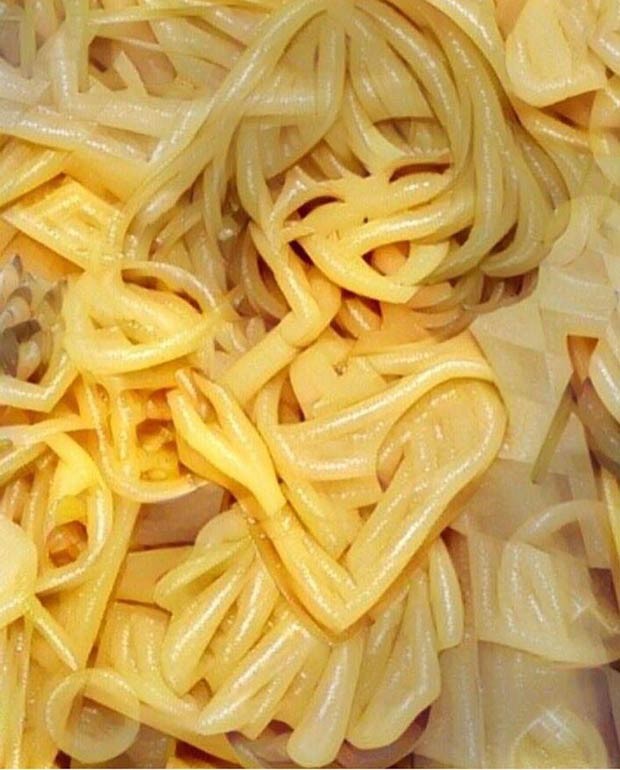 My Ramen is smiling at me! ~ Japanese anime girl in noodles