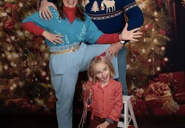 Gotta love the Mom Jeans!~ Funny Awkward Family Christmas Cards