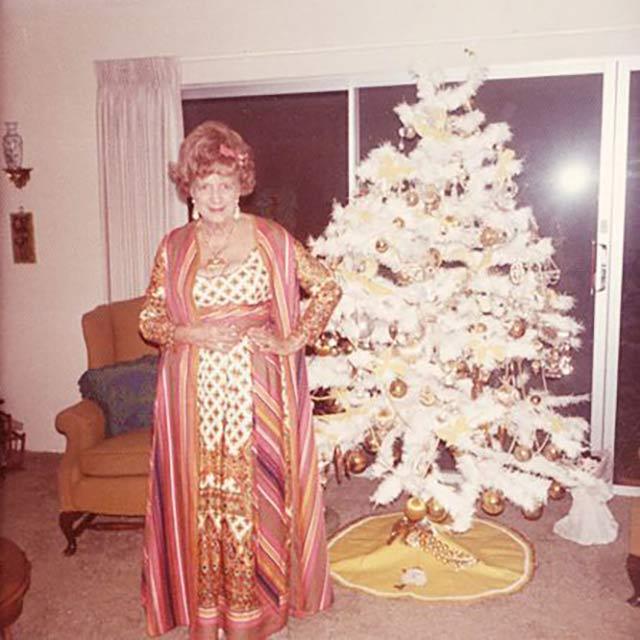 29 Awkwardly Funny Funny Family Christmas Photos ~