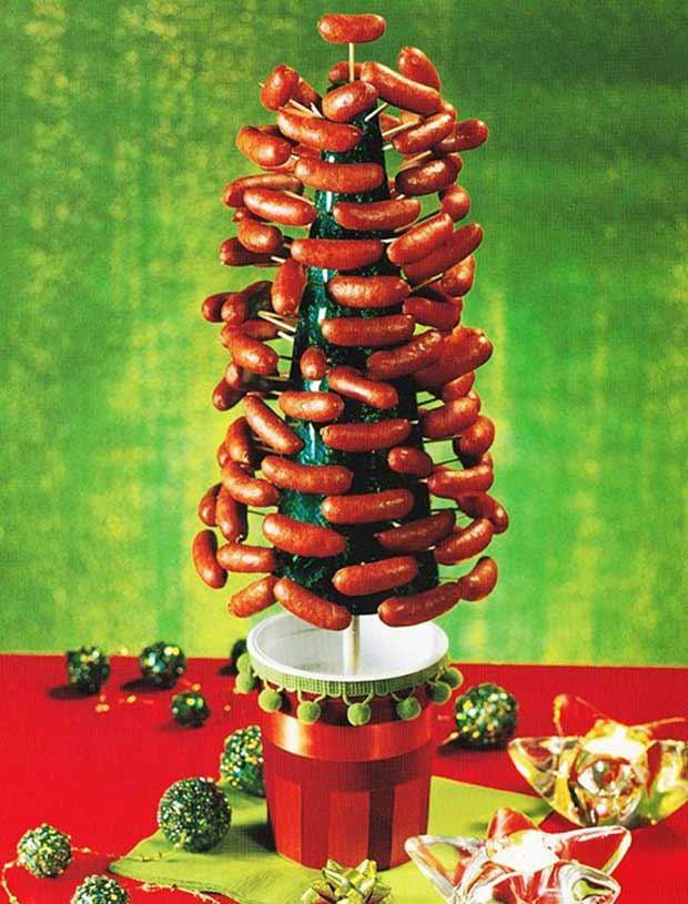 Mmmm... Smokey Links... ~ funny Christmas pics hot dog Christmas tree