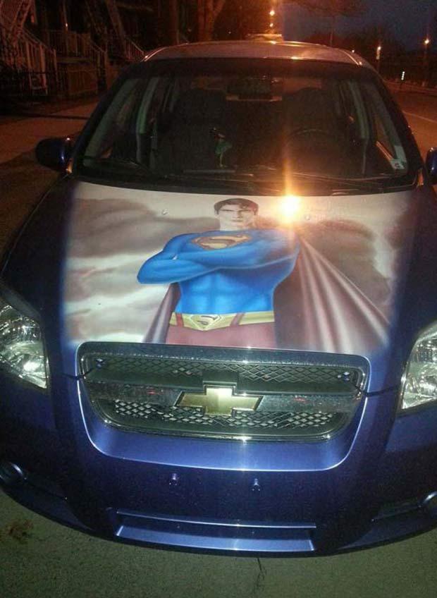 Random Humor : 35 Funny Pics and Memes ~ cool superman car hood mural
