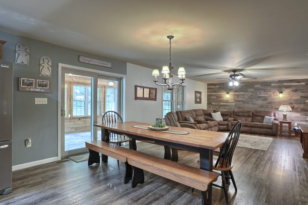 204 Black oak road - dining area