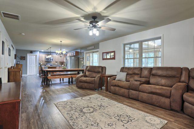 204 Black Oak Road - Living Area of home