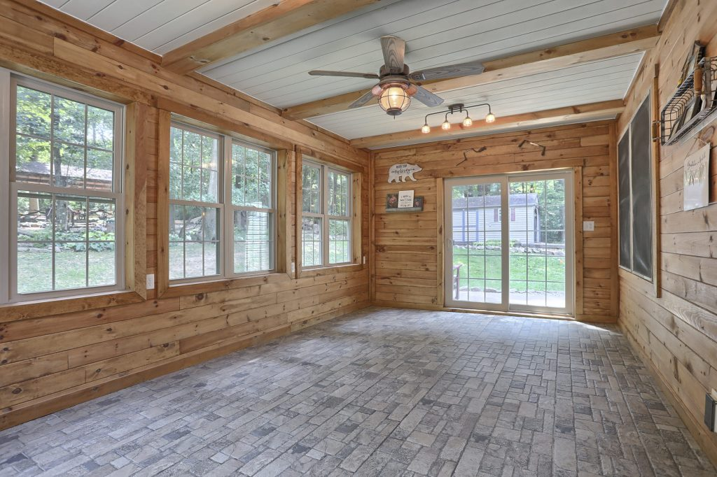204 Black Oak Road - Sunroom