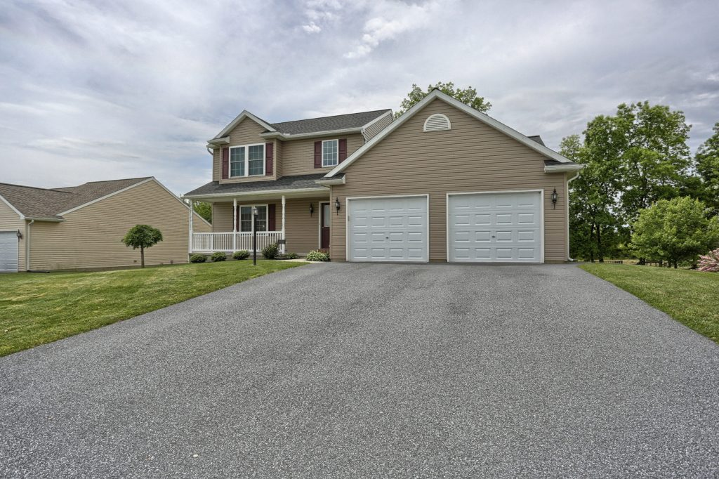 77 Gable Drive - Front view 3