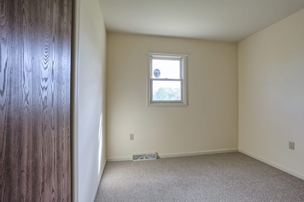 2160 Walnut St - Bedroom 2