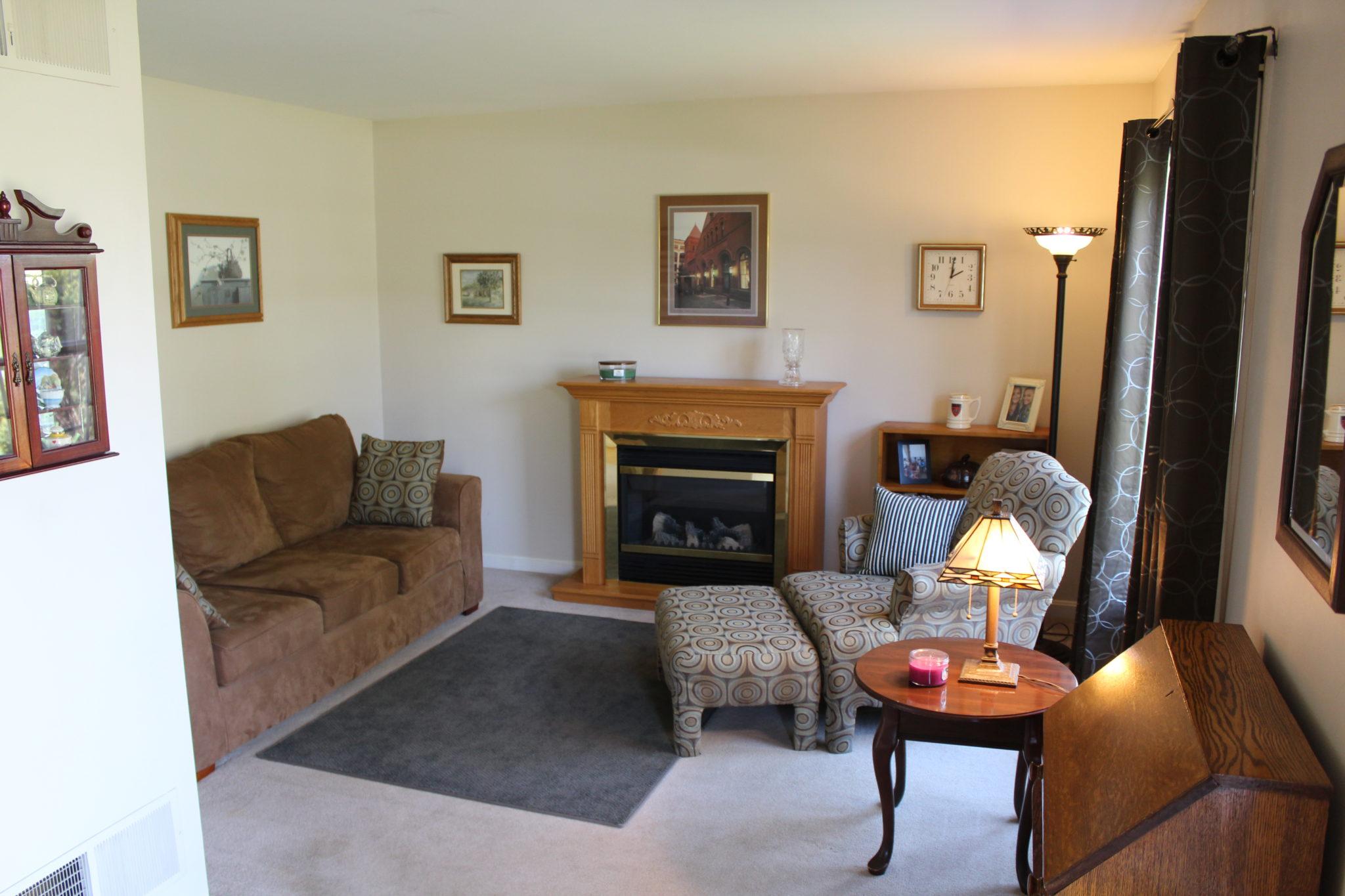 22 Norma Ln - Living Room