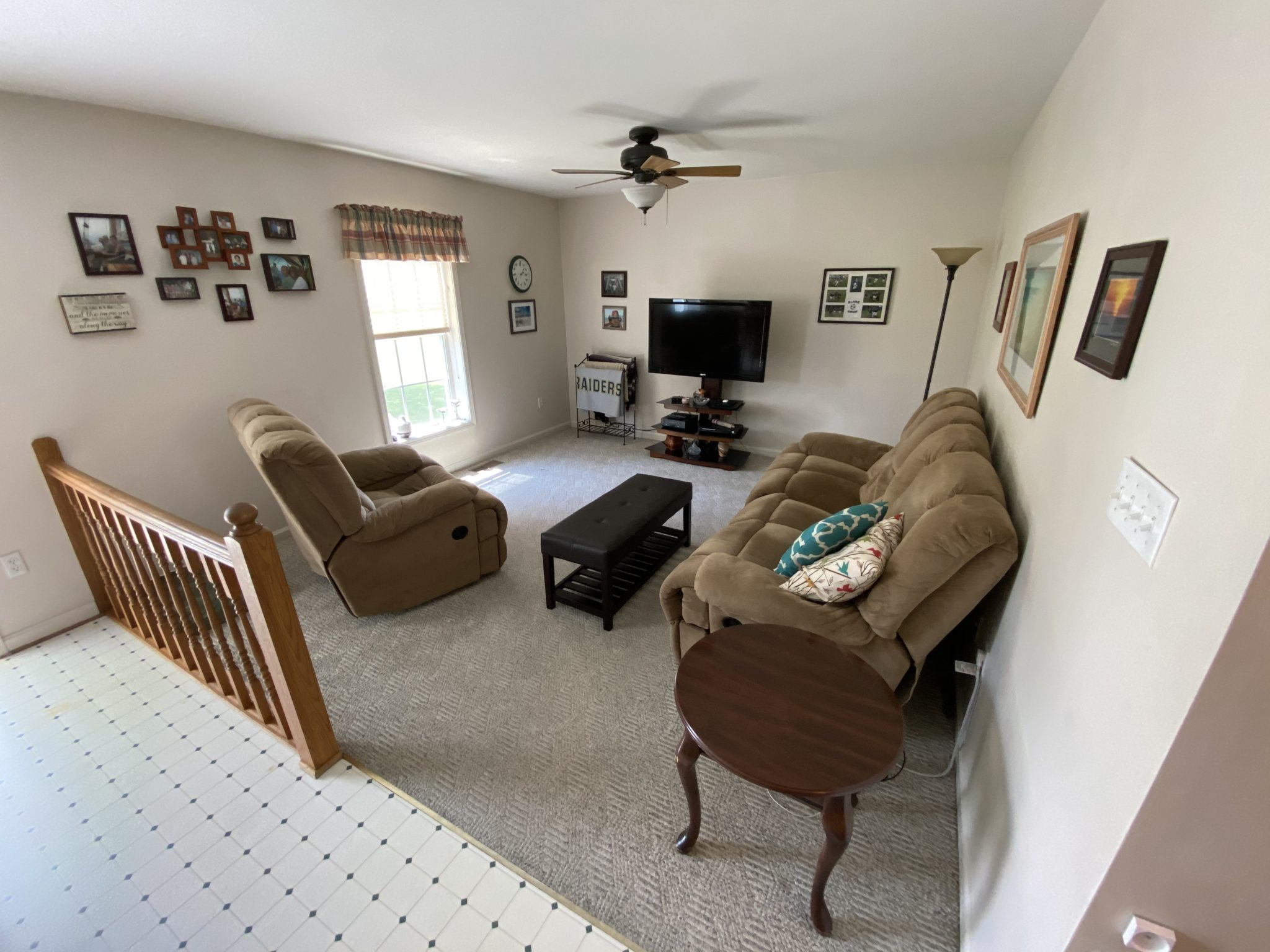 22 Norma Ln - Family Room