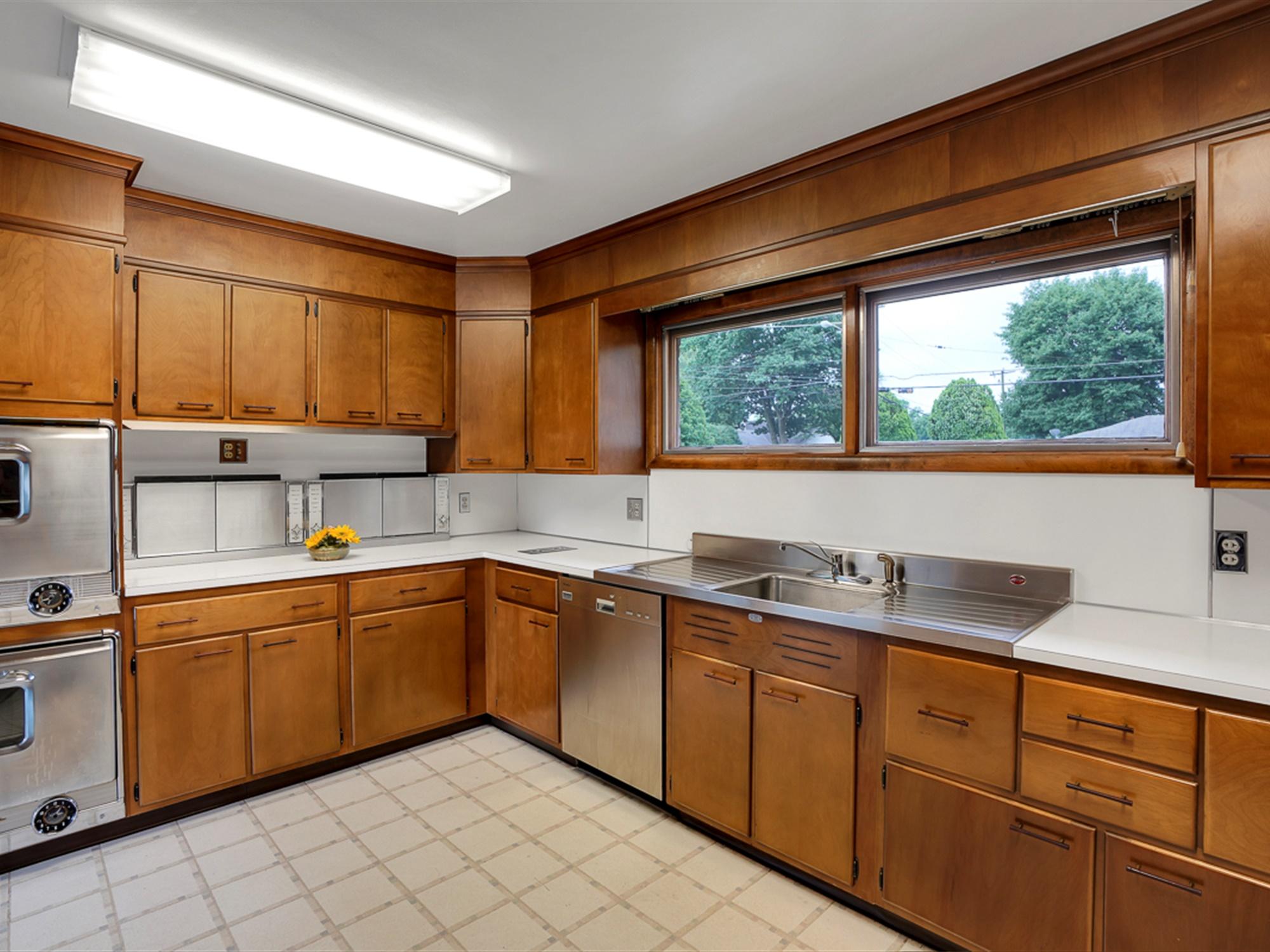964 Reber St -Kitchen 2