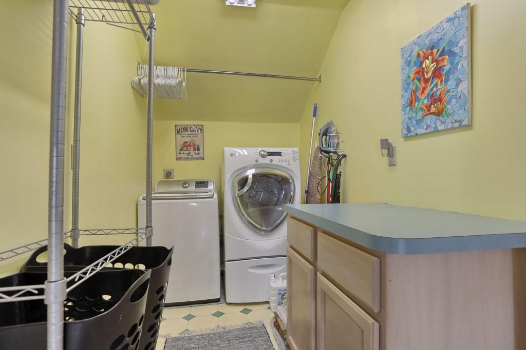 233 Troon Way - Laundry Room