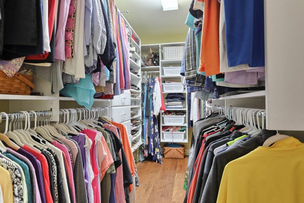 233 Troon Way - Mater Bedroom Walk in Closet