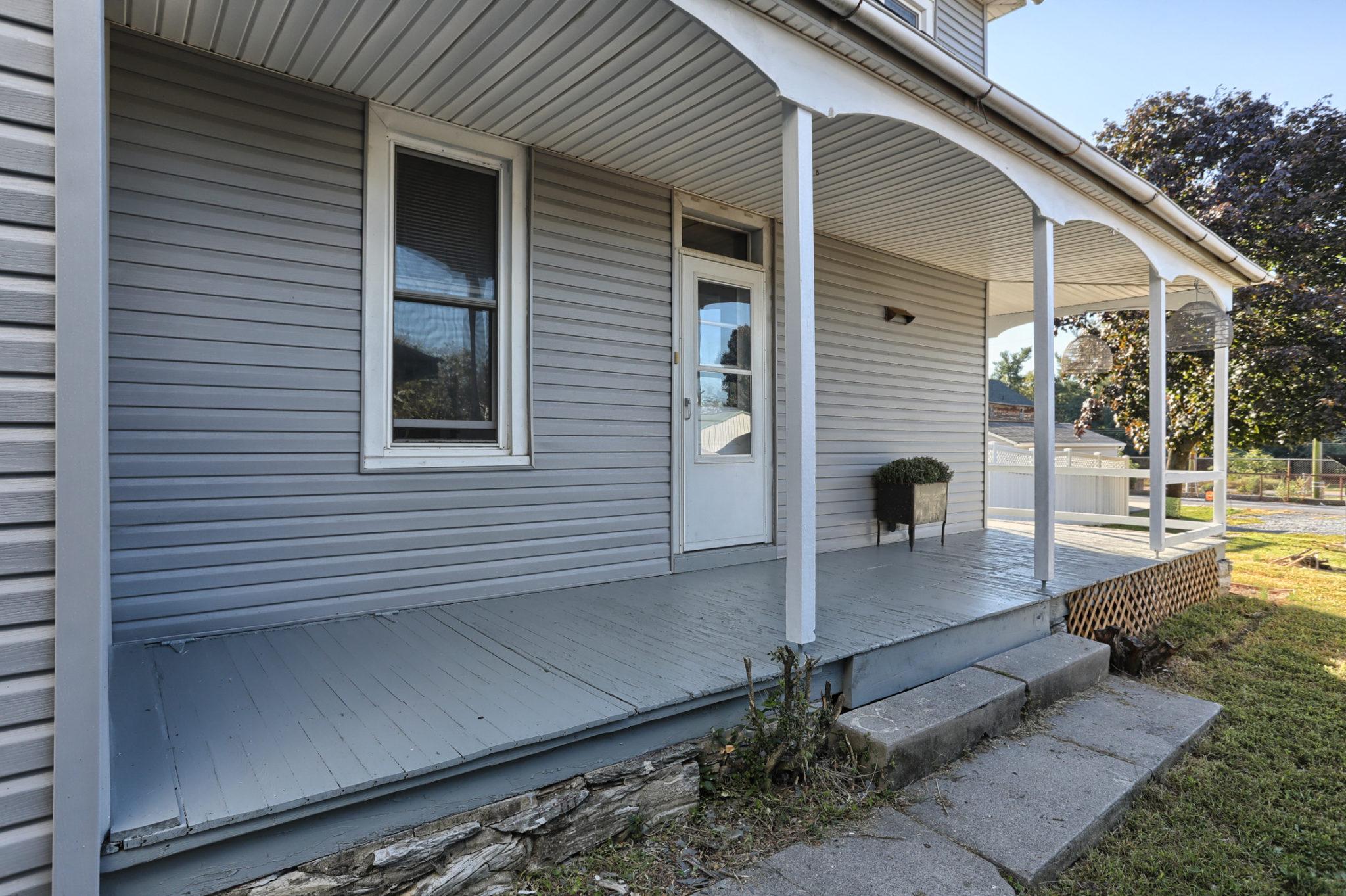 12 E. Maple Avenue - Side Porch