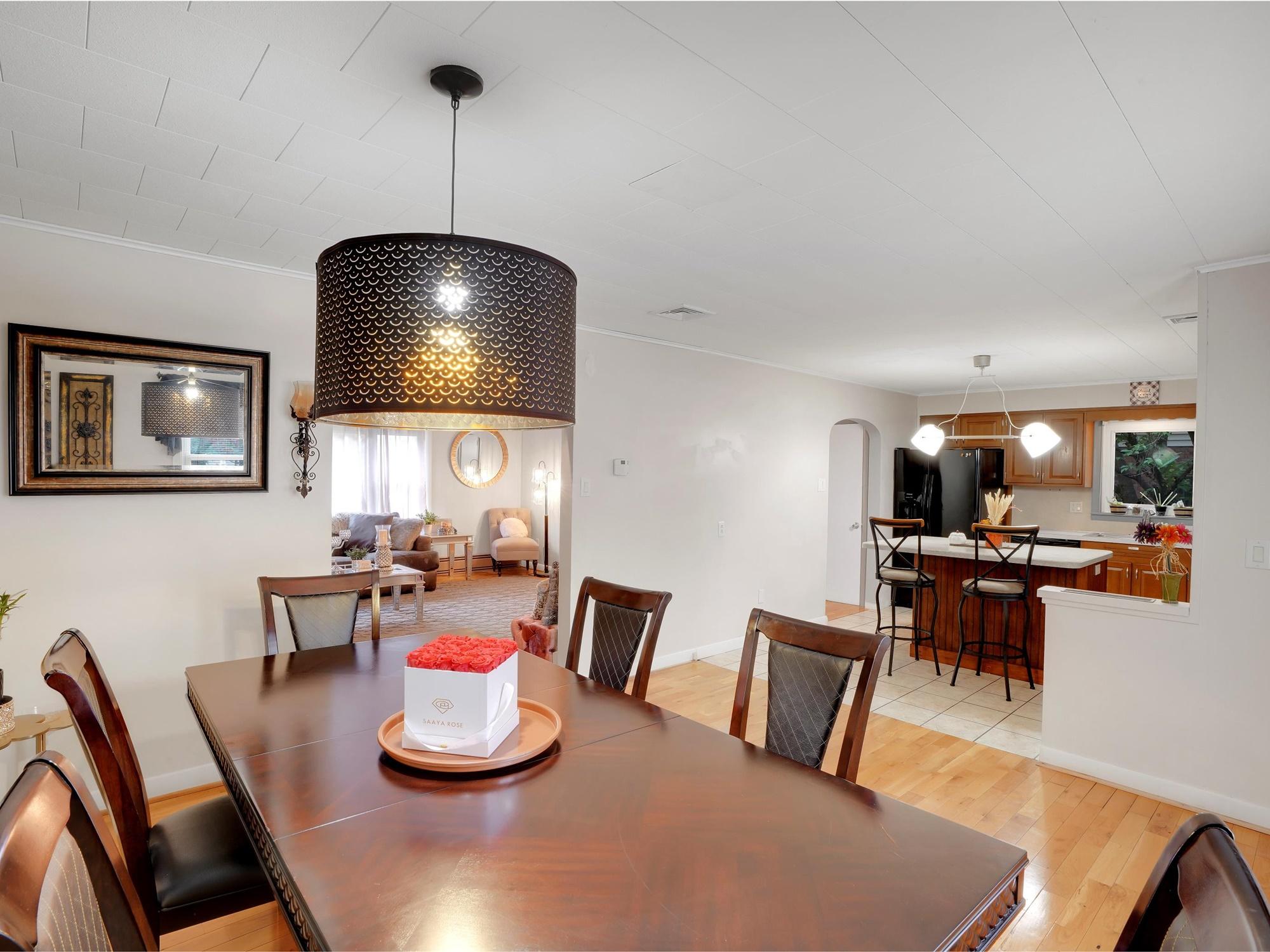 2022 Kline ST - Dining room