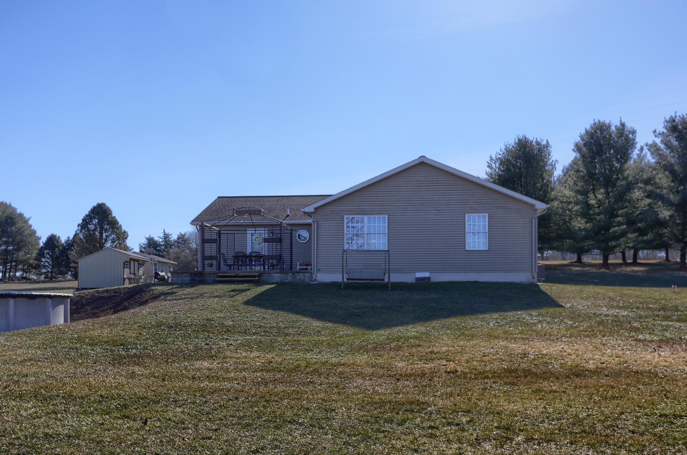 26 W. Strack Drive - yard 4