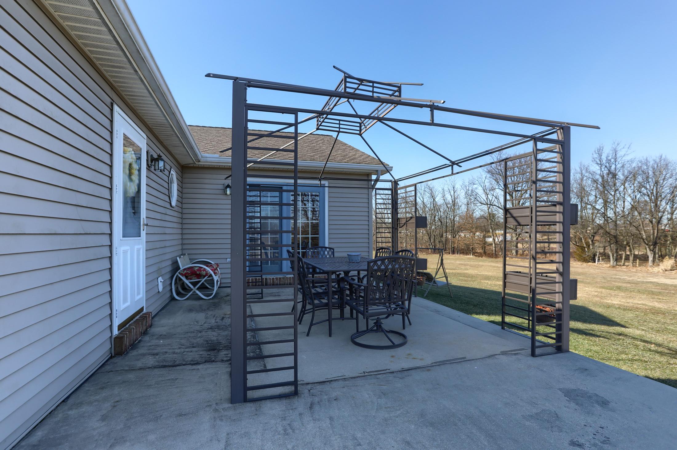 26 W. Strack Drive - patio