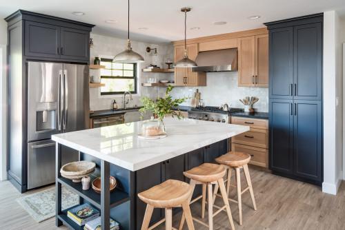 Eat-in Kitchen | Photo by M Prevost Design | Search kitchen design ideas via Houzz