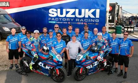 Yoshimura Suzuki domina la final de Superbike