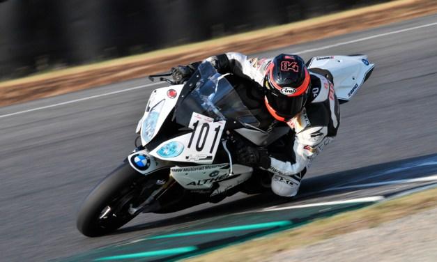 Miguel Fabricio en la pista de Mugello con un BMW