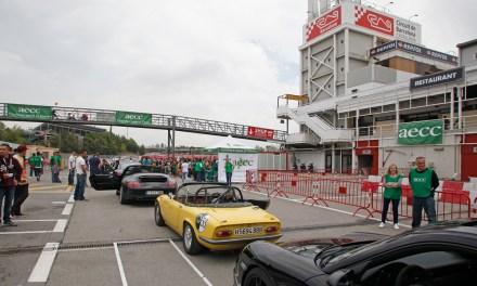 Jornada lúdica con niños de la AECC-Catalunya contra el Cáncer en el Circuit