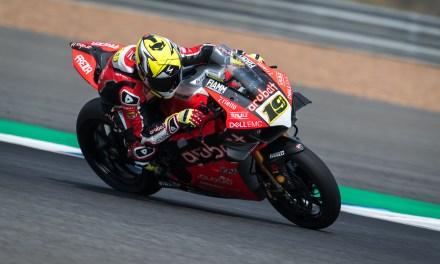 El equipo Aruba.it Racing – Ducati vuelve a la pista este fin de semana con Álvaro Bautista y Chaz Davies