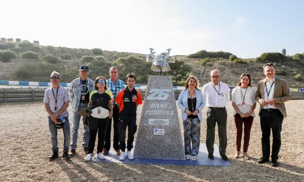 Ducati lidera el primer día en pista con los italianos Danilo Petrucci y Andrea Dovizioso en primera y tercera posición