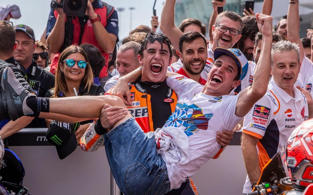 Vibrante remontada de Marc Márquez hasta la segunda posición