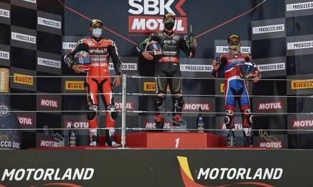 MotorLand cierra su primer round del Campeonato del Mundo FIM de Superbikes con impresionantes luchas en la pista