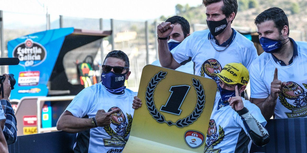 David Alonso y Yari Montella, campeones del FIM CEV Repsol en el Circuit Ricardo Tormo