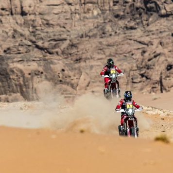 Ricky Brabec, José Ignacio Cornejo, Monster Energy Honda Team, Dakar 21, @teammotofans, @yiyodorta, #PacoCueto