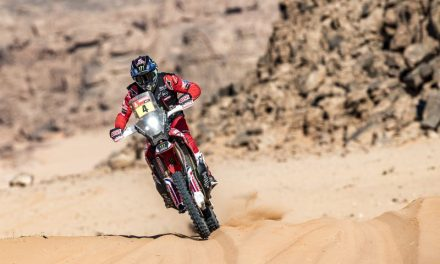 José Ignacio Cornejo confirma su liderato del Dakar con una excelente etapa maratón