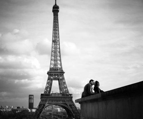 Resultado de imagen para parejas jovenes enamoradas