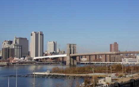 Blick auf Manhatten mit Brookly Bridge