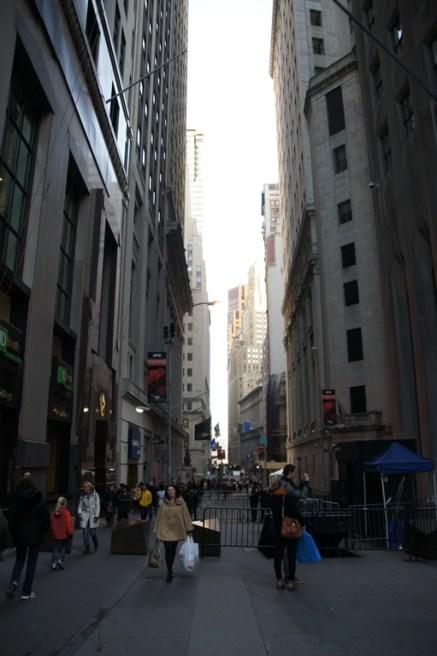 Diese kleine unscheinbare Straße ist die Wall Street