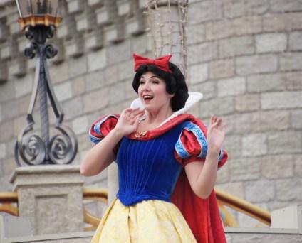 Cinderella vor dem Schloß