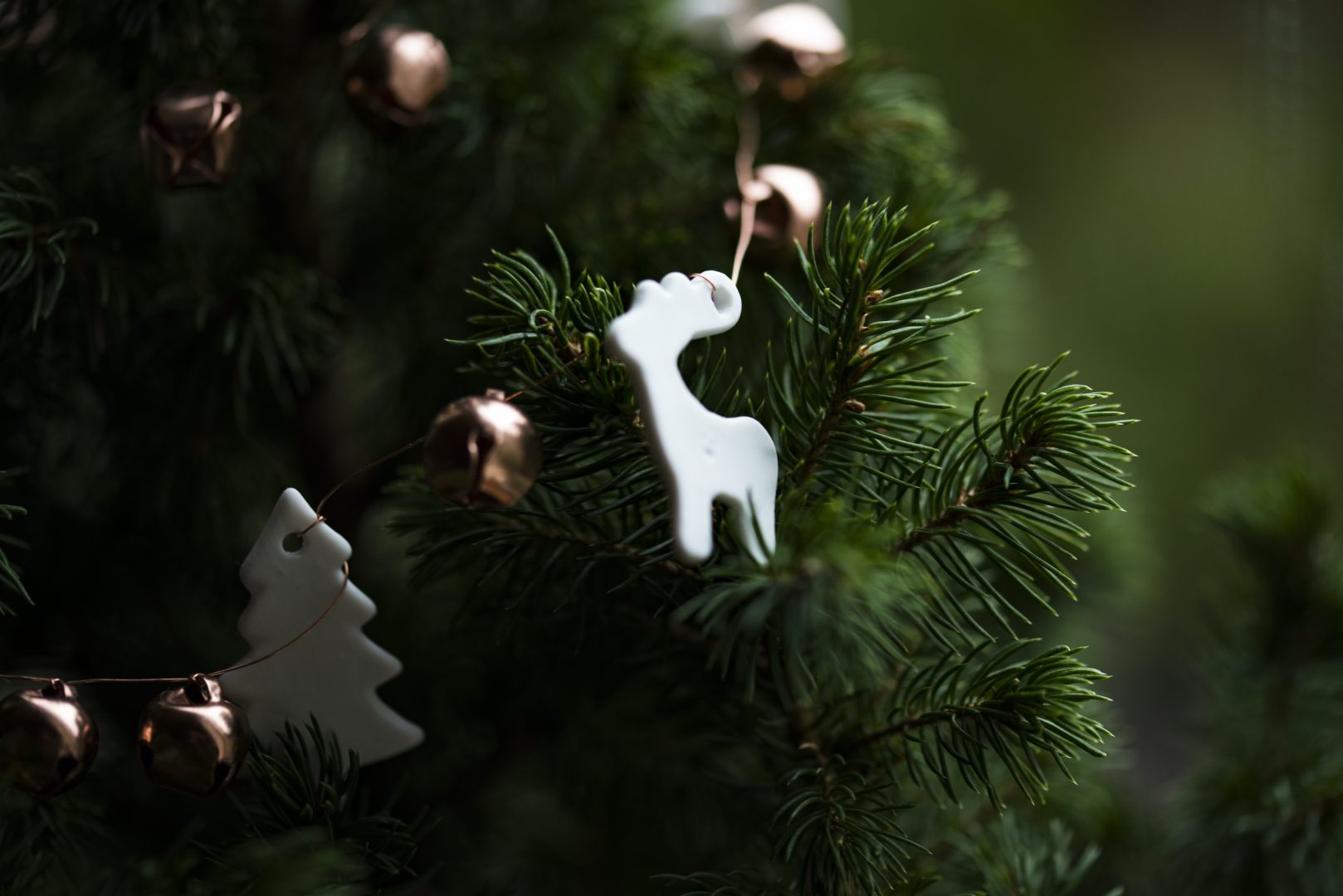 white deer Christmas tree decoration