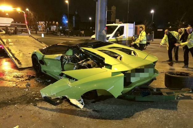Lamborghini Aventador smashed